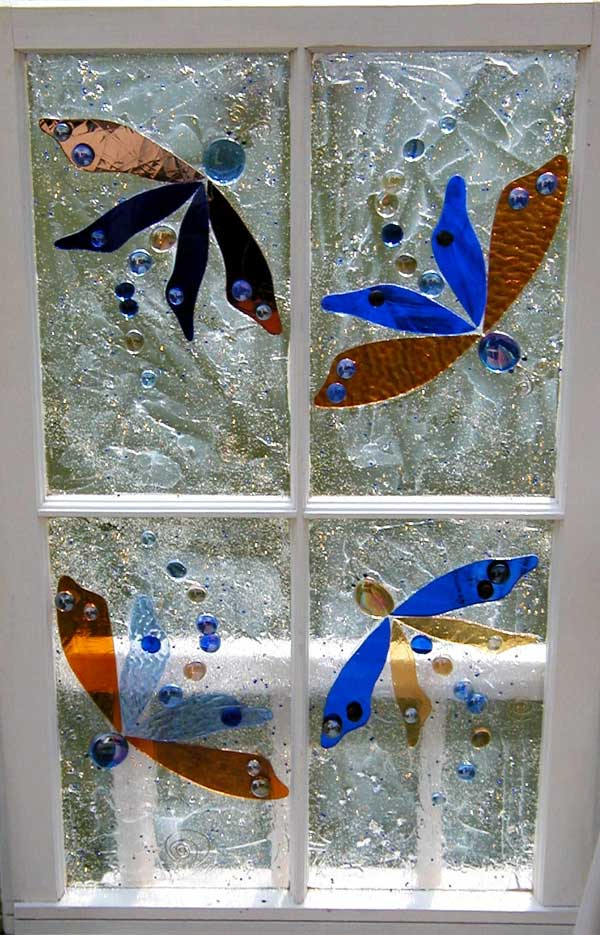 Garden glass windows interview with lynn ploe gillis for Using recycled materials in the garden